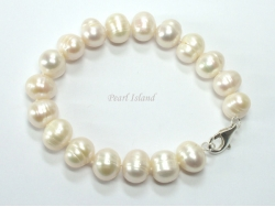 Countessa White Freshwater  Circle Pearl Bracelet 9-10mm