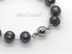 Countessa Gun-metal Grey Black Circlet Pearl Link Necklace with Magnetic Clasp