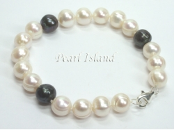 Countessa Black White Circle Pearl Bracelet 9-10mm