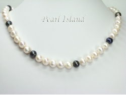 Countessa Black White Circle Pearl Necklace 9-10mm